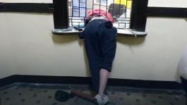 В Польше мужчина застрял в окне кассы, пытаясь украсть деньги