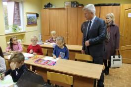 Глава администрации Светловского округа посетил школу № 3