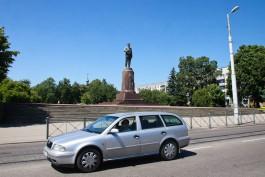 Власти Калининграда планируют получить в собственность памятник Калинину и монумент «Мать Россия»