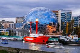 «Планета на волне»: как выглядит полностью застеклённый шар Музея Мирового океана