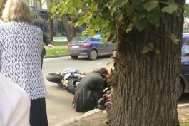 На ул. Леонова в Калининграде мотоциклист сбил женщину на пешеходном переходе