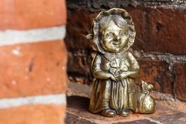 «Деструктивное воздействие»: Калининградская епархия пожаловалась Алиханову на «неоязыческие» фигуры хомлинов