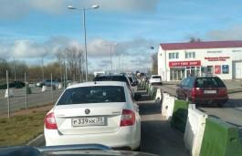 Калининградские автомобилисты предупреждают об очередях на границе с Польшей