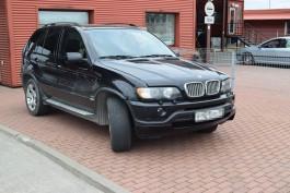 Литовские пограничники задержали BMW X5, который десять лет разыскивали в России