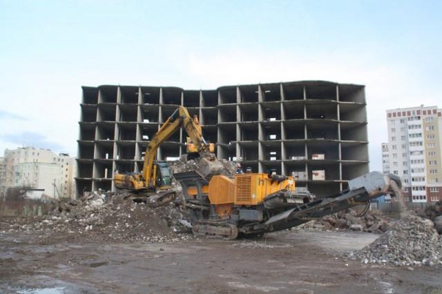 На месте снесённого долгостроя на Сельме появится четыре 25-этажных дома