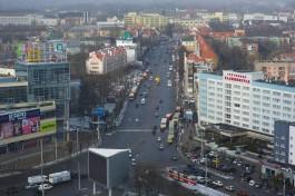 Суд: Во время драки на Ленинском проспекте в Калининграде девушка откусила палец своей знакомой