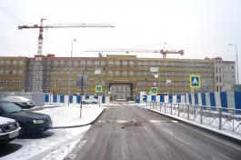 В Калининграде начали утеплять фасад новой школы на улице Рассветной