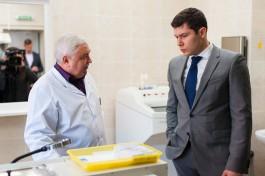 «Утренний обход»: как Антон Алиханов осматривал корпуса областной больницы