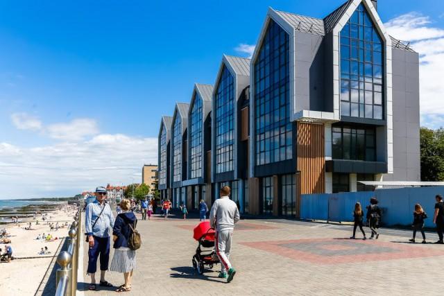 Алиханов: Несмотря на обещания отельеров, стоимость номеров в приморских гостиницах существенно подросла