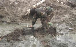 Полицейские задержали в Калининградской области шестерых чёрных копателей с янтарём