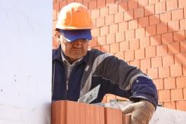 «Низкая зарплата и шумные коллеги»: эксперты выяснили, что отвлекает от работы калининградцев