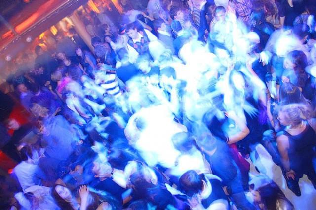 Ночной клуб для мужчин в калининграде гей клубы москва форум