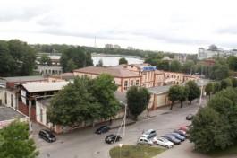 Власти хотят снести ликёро-водочный завод у Нижнего озера в Калининграде