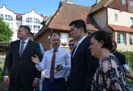 «Тривиальные заботы»: как Алиханов знакомился с проблемами Янтарного