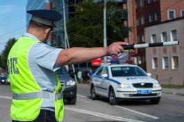 Суд оштрафовал на полмиллиона инспектора ДПС за взятку