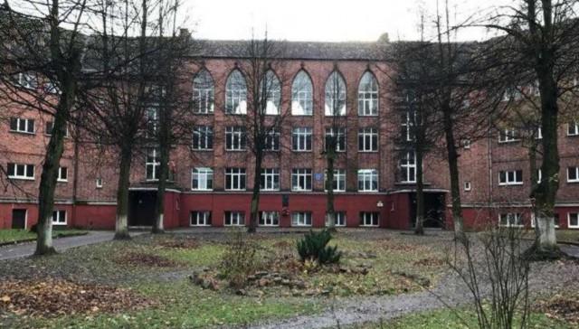 На ремонт исторического здания школы в Черняховске выделили 16,4 млн рублей
