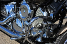 На трассе Калининград — Балтийск мотоциклист устроил ДТП и скрылся