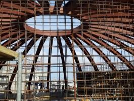 В строящемся корпусе-шаре Музея Мирового океана затопило подвал