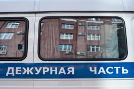 Полицейские изъяли из магазина в центре Калининграда контрафактную одежду и обувь на 250 тысяч рублей