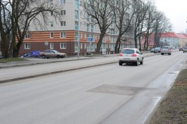 Кто развешивает странные объявления на подъездах новых домов на улице Гагарина?