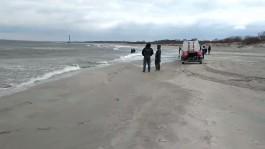 Очевидцы: В Балтийске рыбак выпал из лодки и утонул