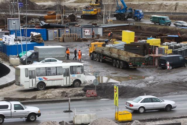 Строительство развязки на Московском проспекте затягивается из-за древних захоронений