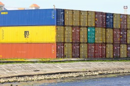 В порту Балтийска задержали 25 тонн сухого молока из Турции