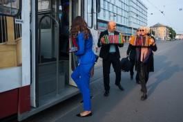 «Со мною вот что происходит»: как прошёл концерт с участием Гоши Куценко в трамвайном депо Калининграда