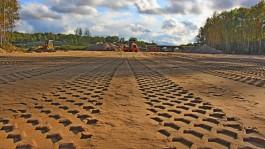 На новой дороге в Чкаловск готовы укладывать первый асфальт