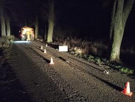 В Правдинском округе обрабатывающий дорогу от гололёда «Камаз» задавил мужчину