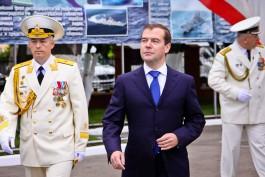 Медведев: Топливные компании не должны проявлять эгоизм в вопросе цен на бензин