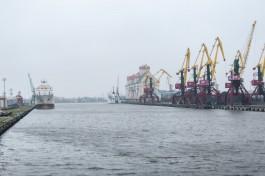 Прокуратура: В Калининграде компания по утилизации судовых отходов сливала стоки с нефтепродуктами в Преголю