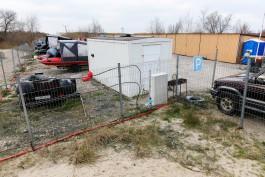 В 2020 году у чёрных копателей янтаря в Калининградской области изъяли 20 моторных лодок и две машины
