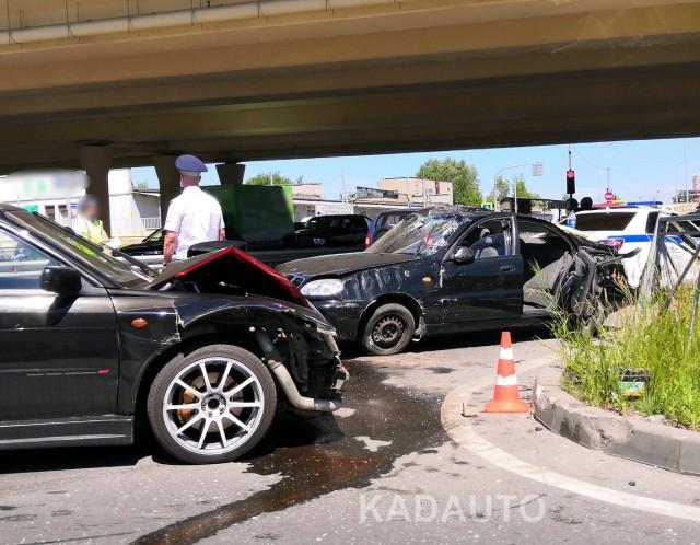 В ДТП на Восточной эстакаде в Калининграде пострадали пять человек (видео)