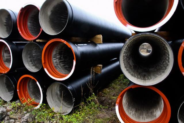 Посёлок Родники подключат к новому коллектору, чтобы не сливать стоки в Преголю