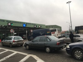 Калининградцы жалуются на очереди в пункте пропуска Багратионовск — Безледы