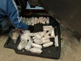 В Литве задержали россиянина на BMW X6 с килограммами марихуаны и кокаина