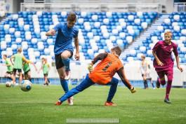 «По следам Модрича и Рамоса»: как проходят тренировки детей на стадионе «Калининград»