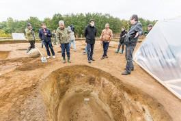 «Осторожнее, им 1500 лет»: как в Зеленоградском округе раскапывают некрополь древнего рода
