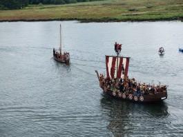 """«Бутусов, """"Врата Шаолинь"""" и корабль викингов»: 5 способов провести выходные"""