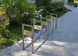 В Зеленоградске разместили ещё пять велопарковок