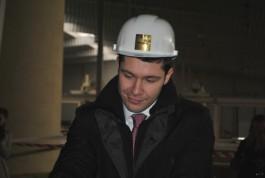 Алиханов предложил привлекать застройщиков жилых кварталов к возведению школ в Калининграде