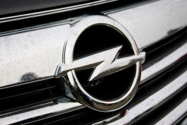 Двое жителей Черняховска украли автомобиль и сдали его на металлолом