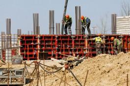 «Выход из нуля»: глава региона посетил стройплощадку онкоцентра в посёлке Родники