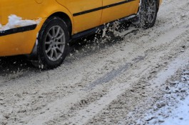 Прокуратура: В Краснознаменском округе 500 детей не попали в школы из-за неочищенных дорог