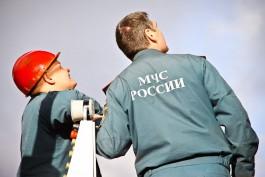 На Сельме в Калининграде горел гараж со скутером и пикапом «Ниссан»