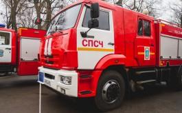 Спасатели вывели семь человек из горящего жилого дома в Зеленоградске