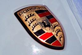 У директора калининградской фирмы арестовали Porsche из-за невыданной трудовой книжки