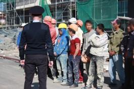 На стройках в Калининграде полицейские задержали 11 мигрантов-нарушителей
