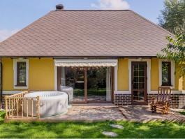 «Скупой платит дважды»: как выбрать окна для загородного дома и не переплатить 250%